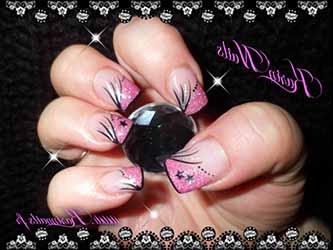 deco-ongle-noir-et-rose.jpg