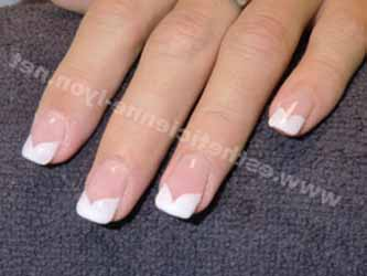 deco-ongles-french-blanche.jpg