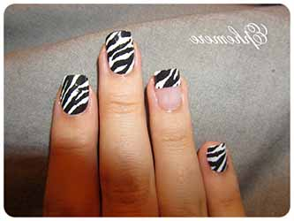 deco-ongles-zebre.jpg