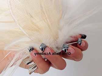 modele-ongles-pour-les-fetes.jpg