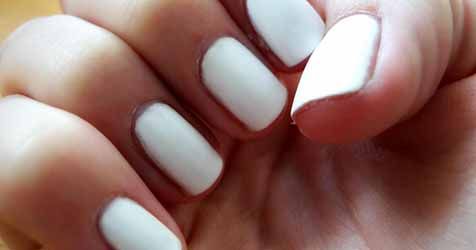 ongle-couleur-blanche.jpg