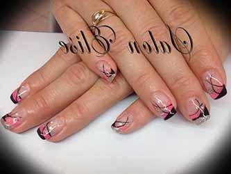 ongle-en-gel-rose-et-noir.jpg