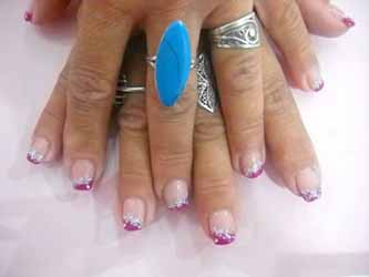 ongle-french-de-couleur.jpg