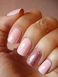 ongle-gel-rose-et-blanc.jpg