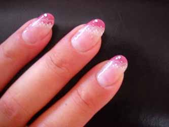 ongles-en-gel-avec-brillants.jpg