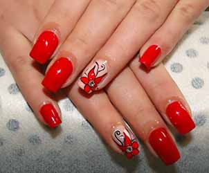 decoration ongles en gel rouge